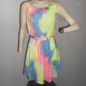 NWOT Multicolor Tie-Dye W/ Belt Sleeveless Dress S